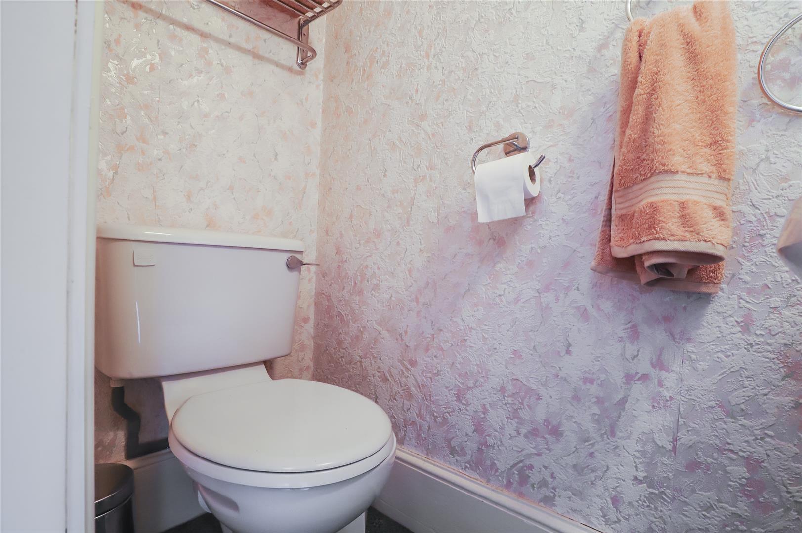 5 Bedroom Detached House For Sale - Image 45